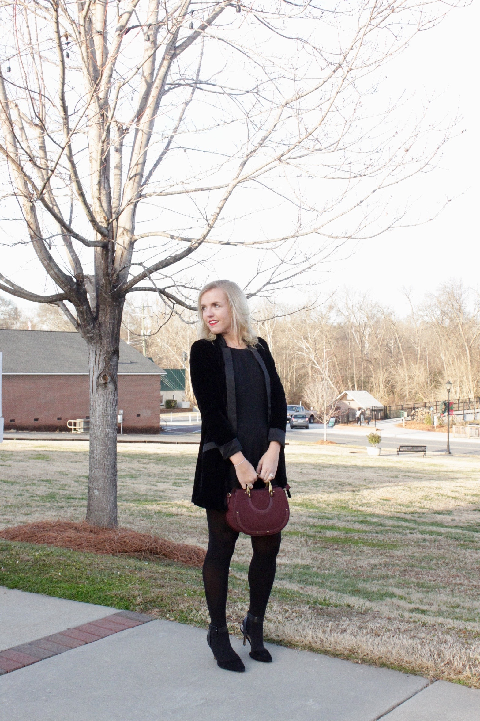 velvet blazer date night look
